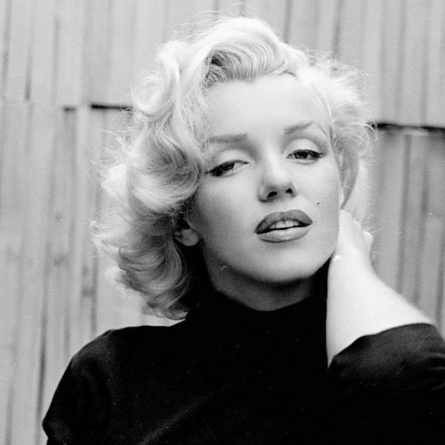 Remembering the loss of this wonderful woman today who continues to inspire so many around the world and lights a flame in our hearts. . . Marilyn is many things to many people but no one can deny simply how luminous she was ! A rare radiance on screen and off. . . Learning about her over the years has been fascinating and being able to play her has truly been an honour. I respect her so much for the many things she did and how brave she truly was.  . . I'll always feel greatful for the opportunities I have been given thanks to her and how much she's helped me grow as a person in a funny kind of way.  . . Rest In Peace Marilyn the world still adores you 🙏🏻💞 . . #marilynmonroe #marilyn #marilynmonroe💋 #ripmarilynmonroe #restinpeace #rememberanicon #hollywoodicon #oldhollywoodstars #truestar #luminous #radiant #beauty #weloveyou #inourhearts